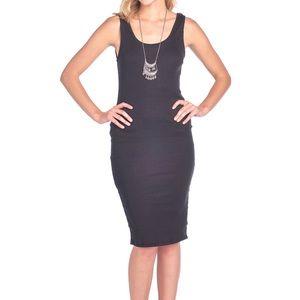 Vin Rouge black dress